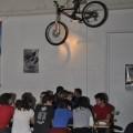 Tobis Bike scheint vom Himmel