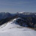 Mieminger Kette und Wettersteingebirge mit Zugspitze.